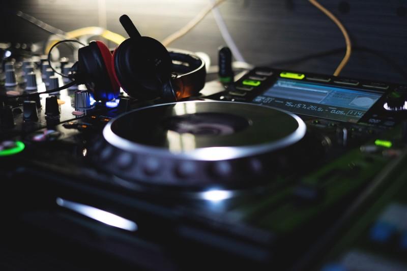 Taller DJ Arguineguín 12 Noviembre